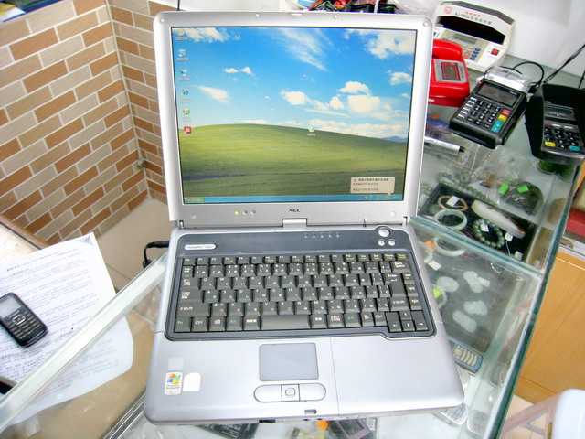 NEC 笔记本电脑